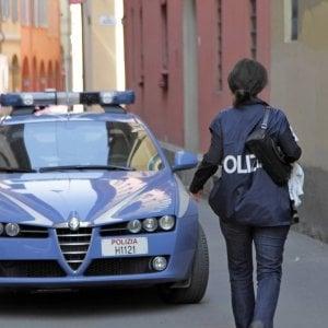 Fiano Romano, accoltella buttafuori all'uscita del locale e fugge: arrestato