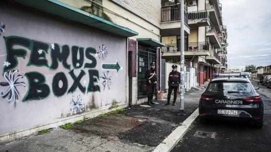 """Giornalista aggredito, la difesa di Roberto il pugile: """"Provocato, ho perso il controllo"""""""