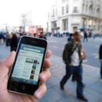 Roma, ruba cellulare a un'anziana ma la app antifurto gli scatta un selfie
