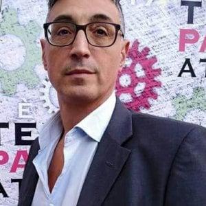 """Giornalista aggredito a Ostia, esponente di Fdi scriveva su Fb a Spada: """"Riprendiamoci Ostia"""". Il commissario: """"Sia espulso"""""""