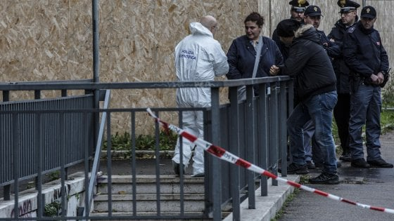 "Roma, donna trovata morta nel sottopasso di Porta Pia. Era semisvestita: ""Ipotesi stupro"""