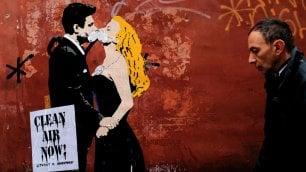 Street art anti smog  con Mastroianni e Totti