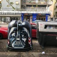 Darth Vader e l'Uomo Ragno sulle campane del vetro: a Roma Centocelle diventa Galleria Urbana