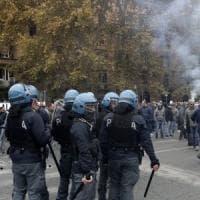 Sciopero taxi a Roma, tensioni davanti al ministero dei Trasporti