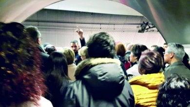 """Treni in tilt, meno corse sulla metro A I macchinisti: """"Niente ricambi, è rischioso"""""""