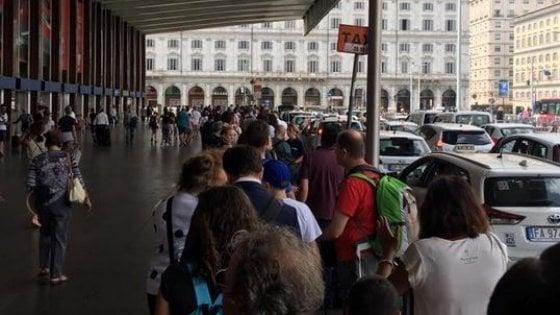 Roma,  il  dossier anti-Ncc dei tassisti romani permessi facili e ricche mazzette