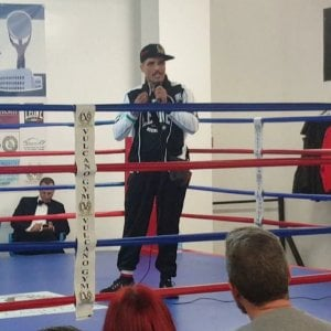 Vulcano, il boxeur del clan Spada tiene un corso anti-bulli a Marino