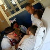 Clownterapia, dalle corsie degli ospedali all'aperitivo solidale