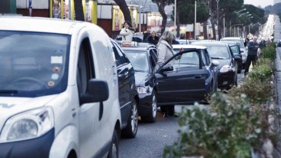 Roma, semafori in tilt sulla Colombo: chiusi tre incroci