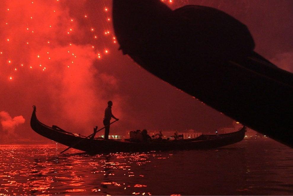 """Venezia, capolavoro tra acqua e fango: il docu """"In aquis fundata"""" alla Casa del Cinema"""