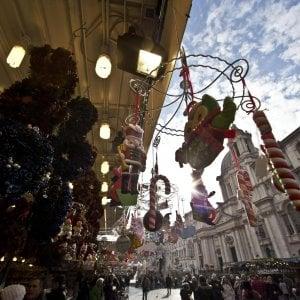 """Befana di piazza Navona, diktat del Comune: """"Pagate o niente festa"""""""