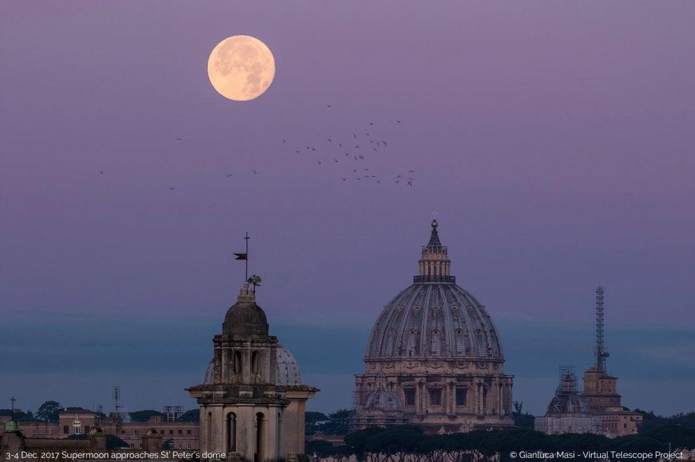 La Superluna e il Cupolone, spettacolo sull'orizzonte di Roma