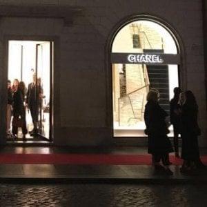 """Roma, licenziata vice-direttrice boutique Chanel: """"Maltrattava le impiegate"""""""