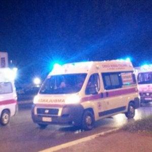 Roma, ventenne muore in grave incidente all'Eur: ferite 3 coetanee