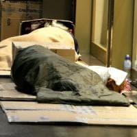 Roma, clochard trovato morto in cabina dell'Atac in via della Stazione Tuscolana