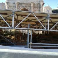 Roma, frana al Foro: a rischio il Lapis Niger, la pietra nera del restauro