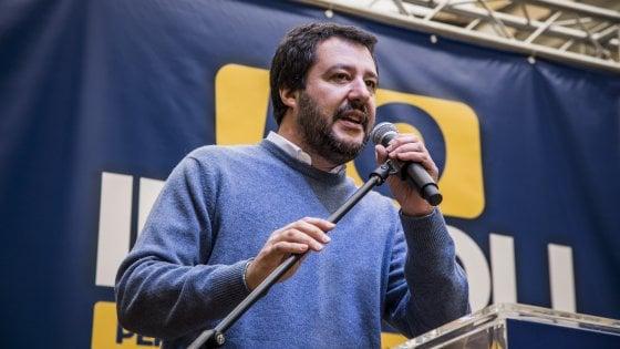 """Roma, Salvini in piazza: """"Per me italiani sono anche immigrati regolari e per bene"""""""