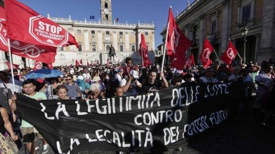 Roma, mancano alloggi per i senzatetto: congelati 105 sgomberi di abusivi