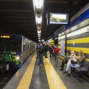 Trasporti Roma, pochi treni per la metro B: ritardi e disagi