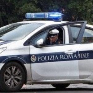 """Roma, disordini in centro di prima accoglienza minori: """"agenti aggrediti con bastoni"""""""
