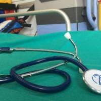Rieti, medico accusato di truffa, peculato e falso: sospeso per un anno