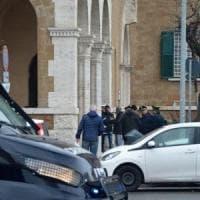 Ostia, filmato mentre prende mazzette: arrestato per corruzione dirigente