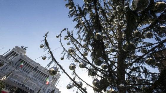 Natale, dopo Spelacchio il Campidoglio prova a rimediare con il presepe
