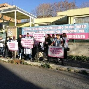San Paolo, flash mob per riaprire l'asilo nido abbandonato