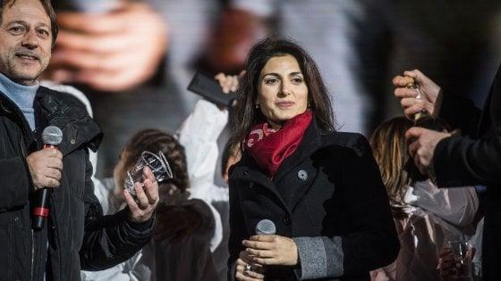 Raggi visita l'ultima nata del 2017 e primi nati nel 2018 a Roma