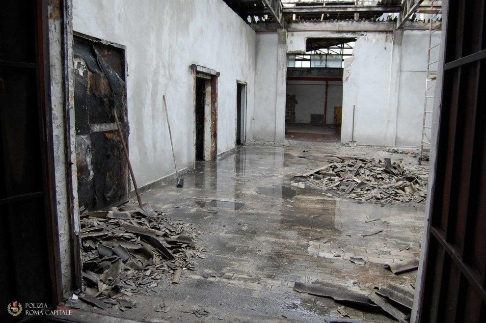 Roma, Trigoria: amianto e rifiuti speciali vicino al centro sportivo dell'As Roma