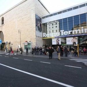 Roma, molesta una ragazza vicino albergo: fermato 16enne