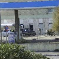 L'agguato, le minacce, le estorsioni: nei video il potere criminale degli Spada di Ostia