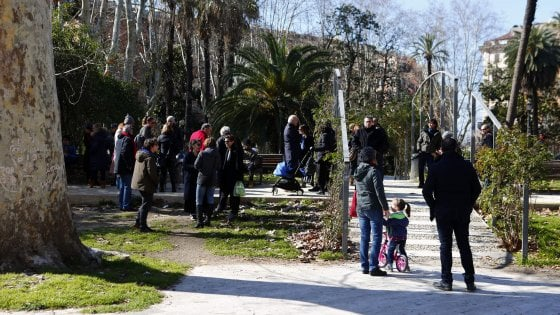 """Roma, all'Esquilino ronde antipusher: """"Contro droga e sporcizia scendiamo tutti in piazza"""""""