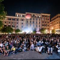 Roma, la consigliera M5S contro il cinema in piazza: