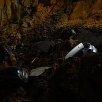 Roma, voragine alla Balduina: sette auto inghiottite nel vuoto e due palazzine evacuate