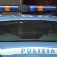 Roma, prende a pugni la moglie e la minaccia di morte: arrestato