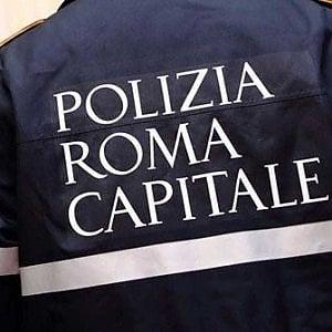 Roma, Balduina, incidente nella notte, gravi un centauro e un automobilista
