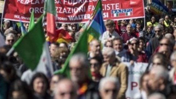 Roma, città blindata per cortei e sit-in. Grasso in marcia con l