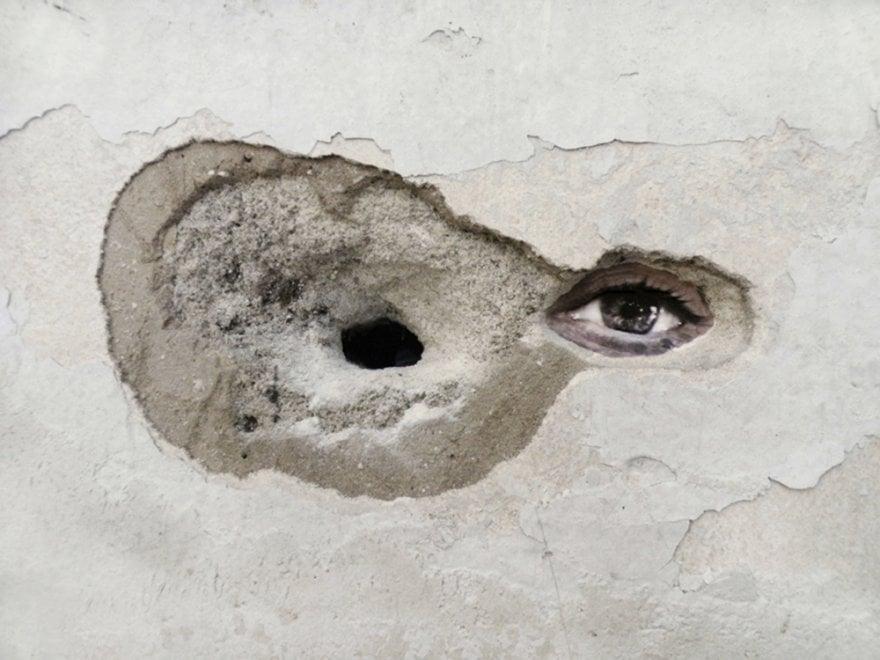 """Roma, """"Fammi spazio"""": al Maam una """"barricata d'arte"""" per difenderne gli occupanti"""