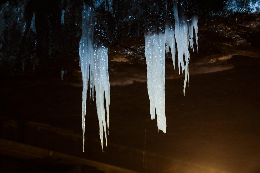 Roma, rischio gelo: stalattiti anche nel sottopasso del Lungotevere delle armi