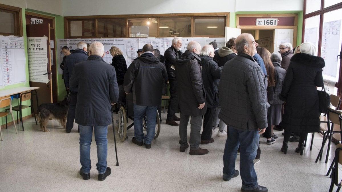 Lazio al voto anche per la regione disagi e code a roma for Immobili c1 roma