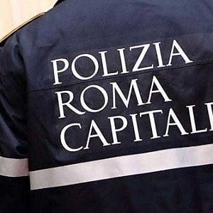 """Roma, la denuncia, vigili urbani senza più carta: """"Non possiamo stampare i verbali"""""""