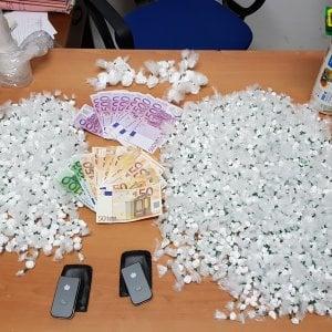 Roma, operazione antidroga a Primavalle: sei arresti e seimila dosi sequestrate