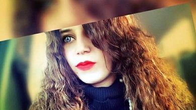 Romana picchiata a morte da un gruppo di bulle in Inghilterra: vertice in Procura