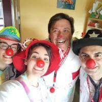 Clownterapia, una serata per far sorridere bambini e anziani in ospedale