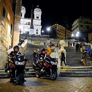 Roma, centro storico, droghe di tutti i tipi, 7 arresti e 5 denunce