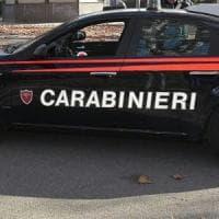 Roma, ruba da ciclomotore in sosta pezzi di ricambio per il suo scooter: arrestato