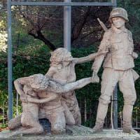 Roma, Quadraro: svastica su monumento vittime rastrellamenti nazisti