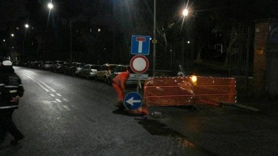 Roma, riaperta dopo lavori via Fortifiocca: era stata chiusa per timore di voragine sotterranea