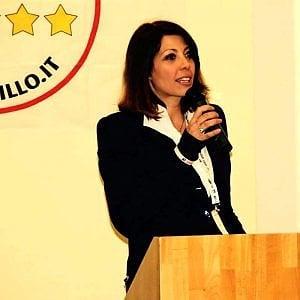 """Roma, l'addio della consigliera 5S Alisia Mariani: """"Vado in Olanda, lo faccio per mio figlio"""""""